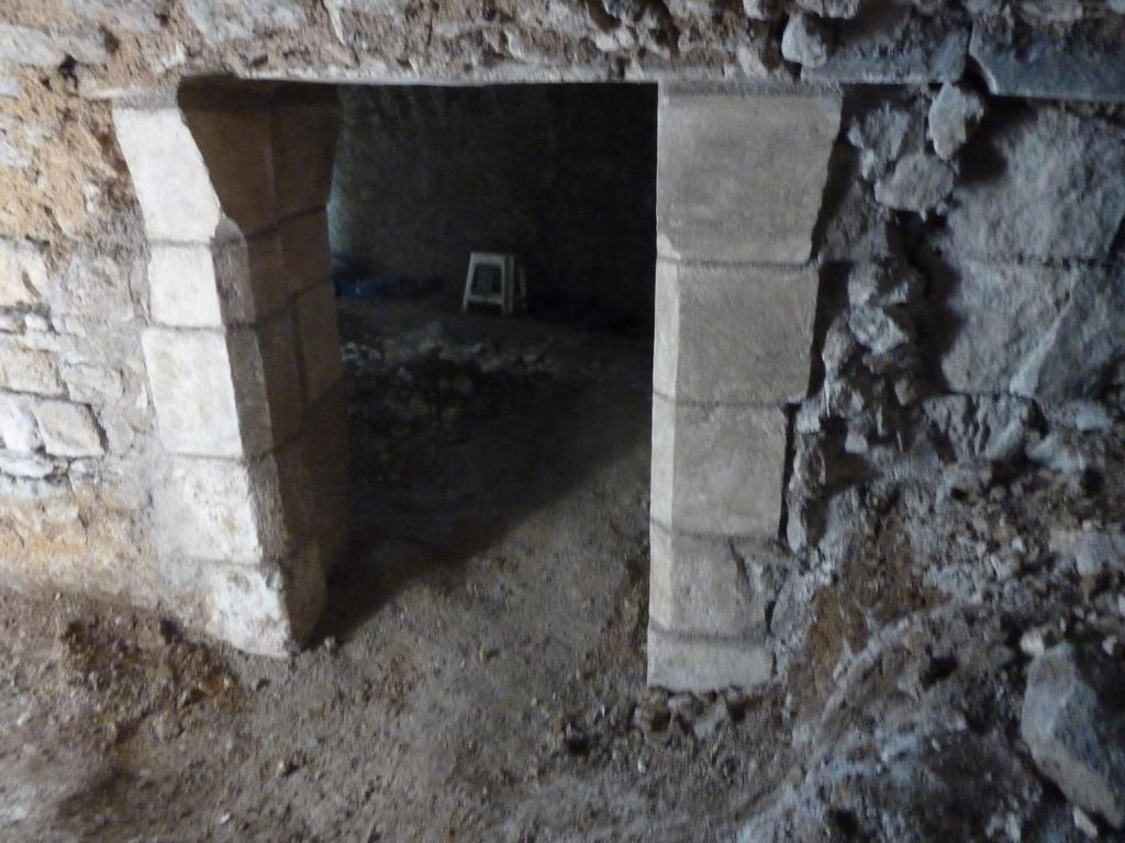 Retauration d'un passage dans souterrain -Samson_laurent_tailleur de pierre_Bourges