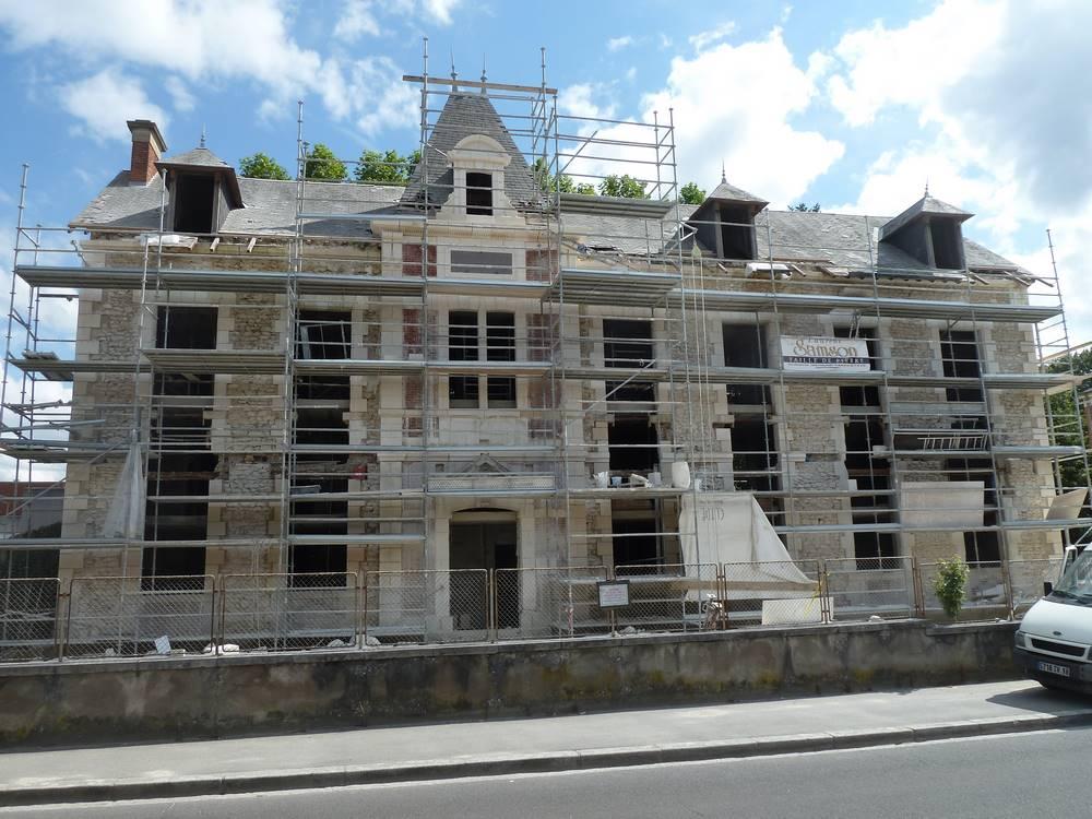 Hospice à Romorantin.tailleur de pierre laurent Samson Bourges et environ.