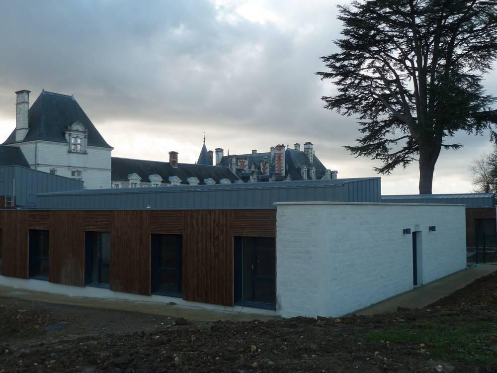 Mur en moëllons de Tuffeau chateau de Chateauvieux(Loir et Cher))-Laurent Samson tailleur de pierre Bourges et environ.